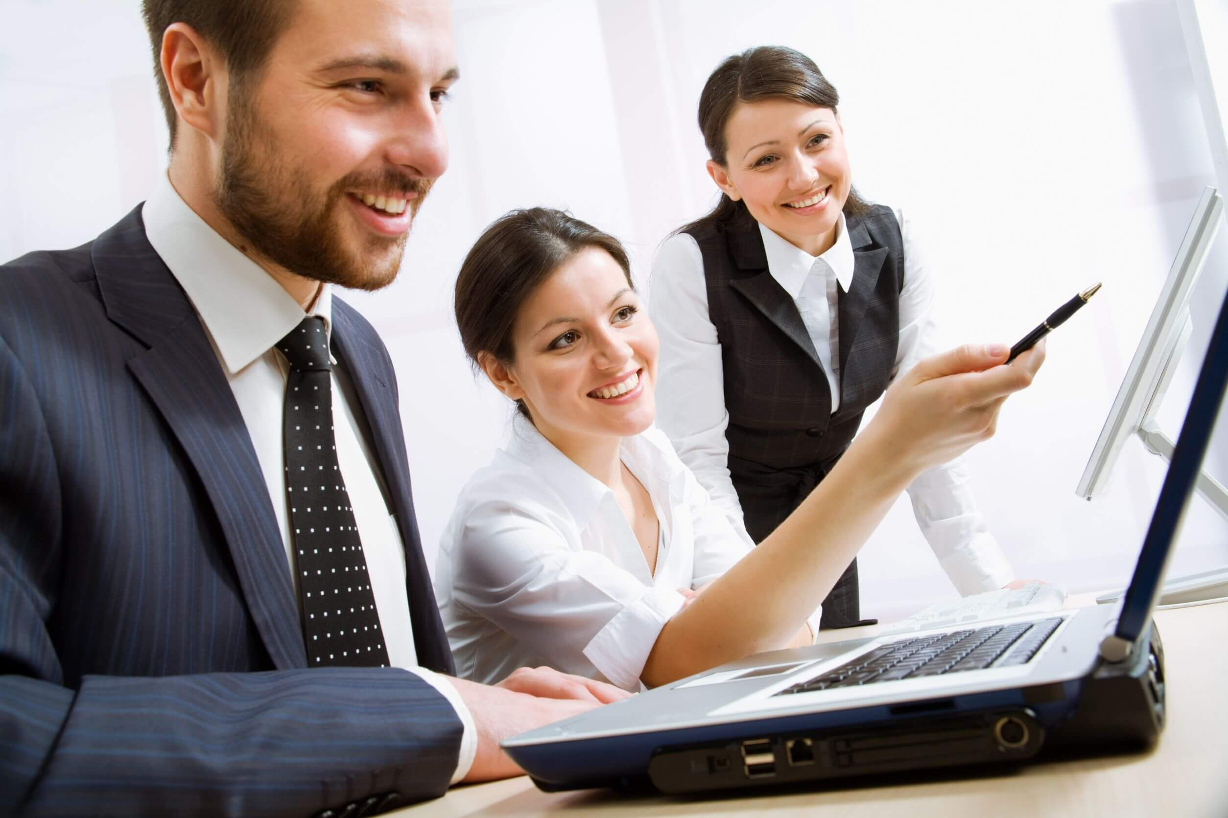 10672345 - group of happy business people in a meeting at office